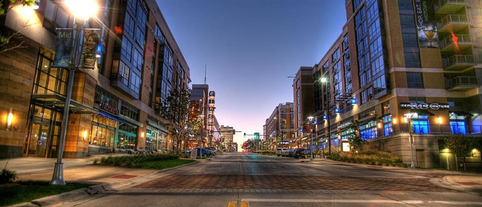 Street scene in downtown Omaha NE