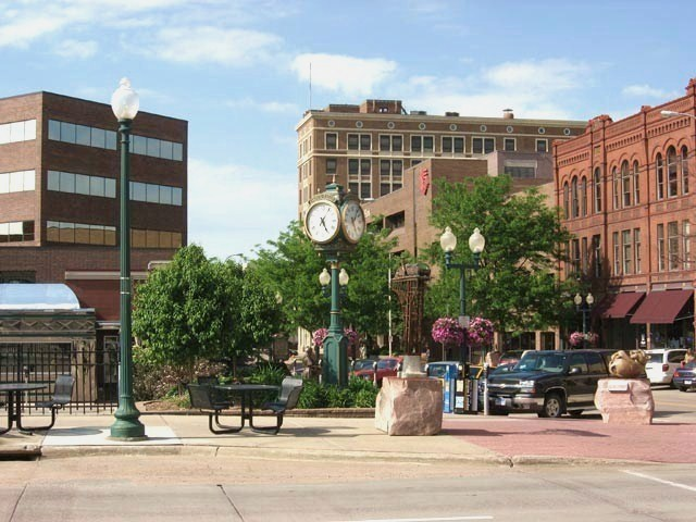 Towns surrounding sioux falls sd